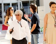 F1: Ecclestone voices support for Haas team bid