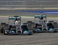 F1: Mercedes pledges its drivers will stay free to race