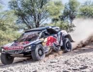 Sainz holds lead, Peterhansel crashes in penultimate Dakar stage