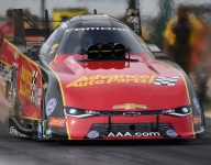 Courtney Force, Enders, Torrence top Friday qualifiers at Topeka