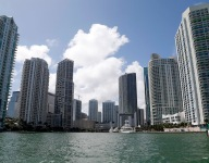 F1 pushes Miami race to at least 2020