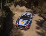 Neuville grabs early Rally Portugal lead