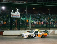 Chase Briscoe edges Enfinger at Eldora