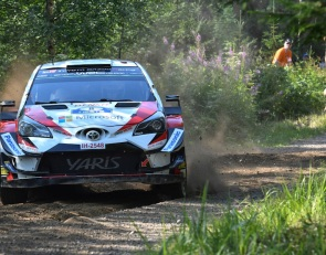 Tanak, Ostberg battle in Rally Finland