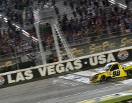 Enfinger holds off Sauter for 3-overtime Vegas Trucks win