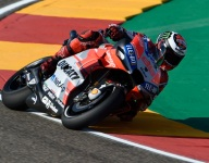 Lorenzo edges Dovizioso for Aragon pole