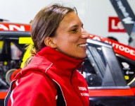 de Silvestro to remain with Kelly Racing in 2019