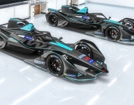 Vandoorne to race in Formula E for HWA