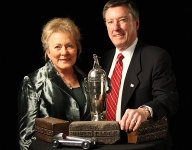 Johnny Rutherford's wife Betty dies