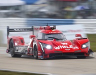 Sebring 12 Hour 6: Derani leads, Mazda crashes at half-distance