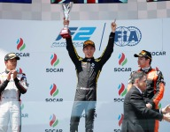 Aitken stays ahead of chaos to win Baku F2 Feature