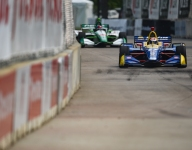 Rossi sets the pace in second Detroit practice