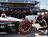 Detroit beat goes on for Newgarden with Race 2 pole