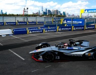 Buemi takes NY Race 1 pole; trouble for Vergne and di Grassi