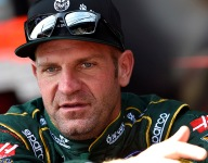 Bowyer reaches extension to remain with SHR for 2020