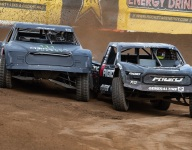 Lucas Oil Off Road championships come down to the wire in Arizona
