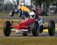 Whitston brothers share podium with Andrew taking Formula Vee win