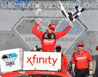 Allgaier clinches Championship 4 spot in Phoenix Xfinity