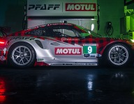 New look for Pfaff Porsche team