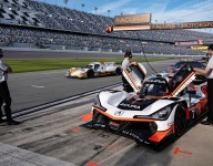 Acura takes turn at the front with new lap record at Roar
