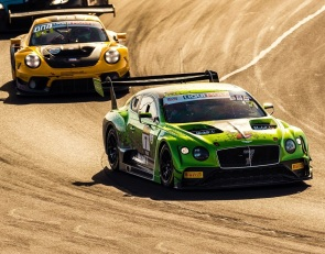 Bentley wins Bathurst thriller