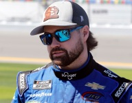 """First-lap wreck """"pretty embarrassing"""" for Stenhouse"""