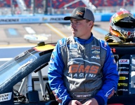 Moffitt cleared to return after leg injury