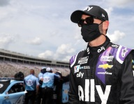 Johnson disqualified from Charlotte 600