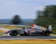 Yeany secures first F4 U.S. pole at VIR