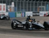 Vandoorne wins Formula E season finale