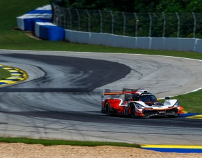 Castroneves leads final Mid-Ohio IMSA practice