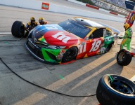 Kyle Busch, Bowyer teams carry lug-nut penalties from Darlington