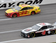 Harvick inches closer to Championship 4 after Kansas runner-up