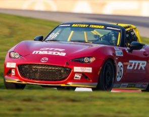 Rookie Thomas grabs first MX-5 Cup pole on first visit to NJMP
