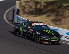 Waters dominates Bathurst pole Shootout