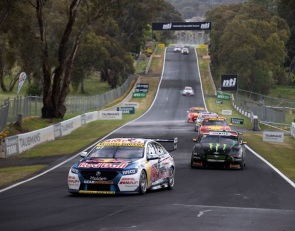 Tander, van Gisbergen charge to Bathurst 1000 win