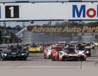 Point leader to garage in opening hour at Sebring