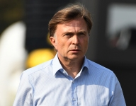 Former McLaren and VW boss Capito named Williams CEO; Roberts stays team principal