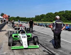 Parella Motorsports Holdings and VIR's Kaizen Autosport Partner to offer first F4 U.S. Rookie School