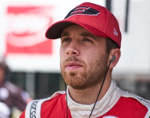 Jones lands full-time IndyCar return with Coyne Vasser Sullivan