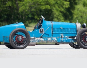 Gooding sets world auction records at Scottsdale sale