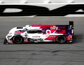 AXR Cadillac leads opening Roar session