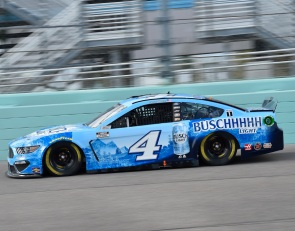 Kevin Harvick on Cup Series pole for Las Vegas