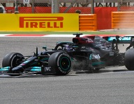Hamilton 'not worried' by testing woes, but still unhappy with car
