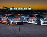 Special silver livery for Corvettes at Sebring