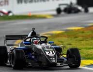 Simpson takes pole in first FR Americas qualifying of the season