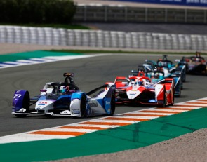 Andretti's Jake Dennis scores first E-Prix win at Valencia Race 2