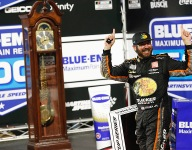 Truex Jr prevails at Martinsville to become first repeat winner of 2021