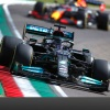 Mercedes encouraged by step forward, while driveshaft issue stops Verstappen