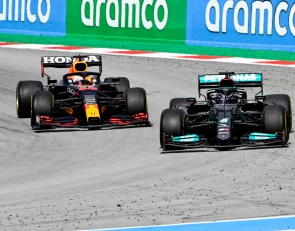 Hamilton's capacity to learn helping beat Verstappen - Wolff